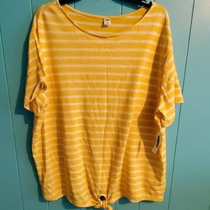 Nwt Old Navy top size 2xl
